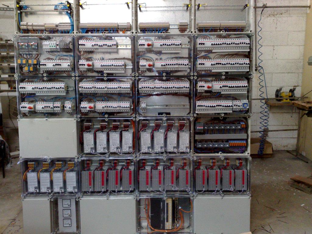 לוח חשמל לבית חכם
